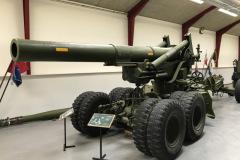203 mm Haubits M55